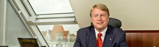 Mag. Dietmar Hoscher spricht sich für stärkere Geldwäschekontrollen beim Glücksspiel aus; Bild: CASAG