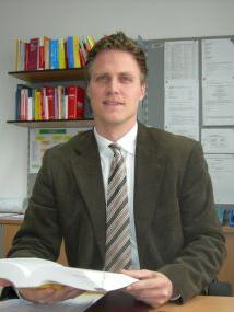 Der neue Leiter der Sicherheitsabteilung der BH Vöcklabruck Dr. Johannes Beer (32)