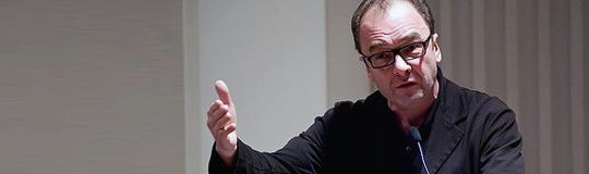 """Dr. Robert Menasse präsentiert sein neustes Werk """"Der Europäische Landbote"""""""