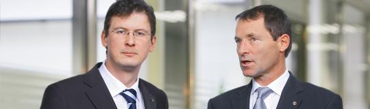 Novomatic-Finanzvorstand Mag. Peter Stein und Vorstandschef Dr. Franz Wohlfahrt