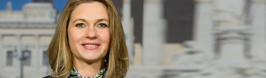 Auf Landesebene fällt das illegale Glücksspiel in die Agenden von Landesrätin Elisabeth Kaufmann-Bruckberger (Team NÖ)