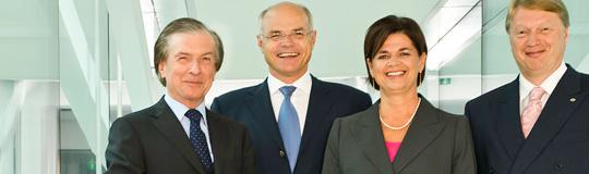DI Friedrich Stickler, Dr. Karl Stoss, Mag. Bettina Glatz-Kremsner und Mag. Dietmar Hoscher; © Casinos Austria
