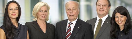 v.l.n.r.: Mag. Martina Kurz, Mag. Barbara Feldmann, Senator Herbert Lugmayr, Dr. Christian Widhalm und Mag. Martina Flitsch