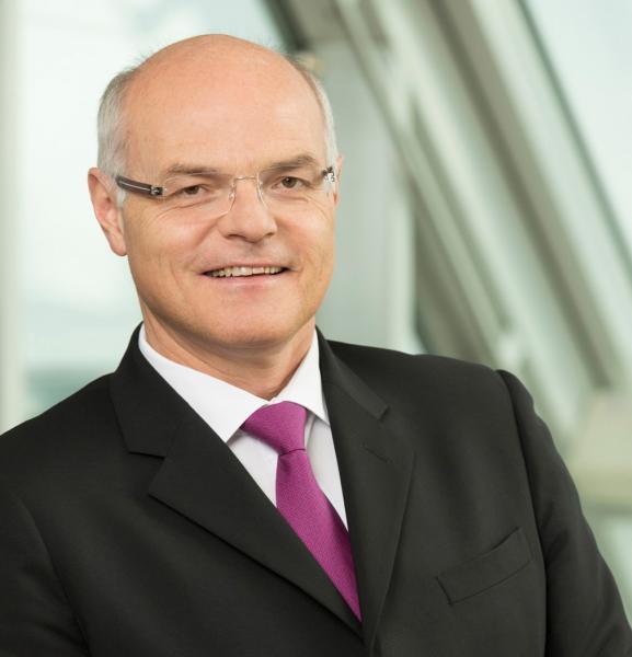 Generaldirektor Dr. Karl Stoss; Bild: (c) Stephan Huger/Casinos Austria AG