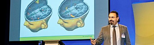 Prim. Dr. Kurosch Yazdi erforscht unterschiedliches Spielverhalten; Bild: © Casinos Austria/Peter Svec