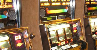 KURIER / Glücksspiel-Clan: Wiener Familie bunkerte 553 illegale Automaten