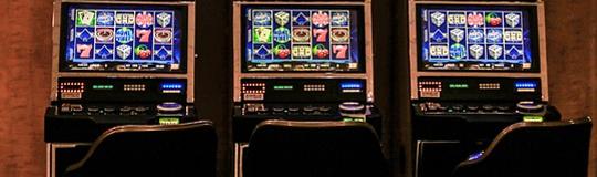 NUR kontrolliertes Automaten-Glückspiel schafft Sicherheit und hilft auch, die Spielsucht zu REDUZIEREN. © Spieler-Info